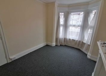 Thumbnail Room to rent in London Road, Reading