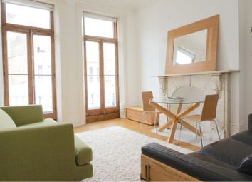 Barons Court Road, Barons Court W14. 1 bed flat for sale