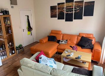 Thumbnail 4 bed flat to rent in Kings Road, Reading, Berkshire