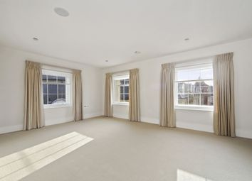 Thumbnail 1 bed flat to rent in Cavalry Square, London