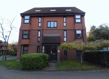 Thumbnail Studio to rent in Hope Close, Sutton, Surrey