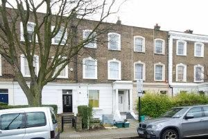 Thumbnail 2 bed flat to rent in Mildmay Grove South, Islington