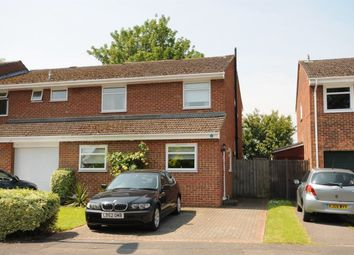 Thumbnail 4 bed property to rent in Alderman Willey Close, Wokingham