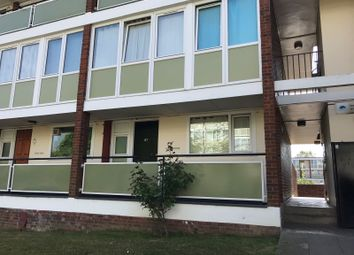 Thumbnail 4 bed flat to rent in Alton Road, London