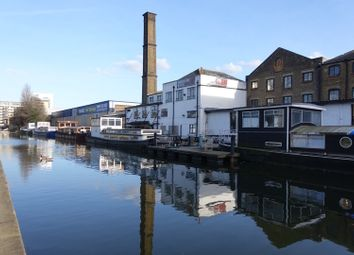 Thumbnail 1 bedroom houseboat to rent in Eagle Wharf Road, Islington