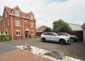 Thumbnail 4 bedroom detached house for sale in Kings Sconce Avenue, Newark