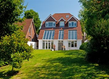 Thumbnail 5 bed detached house to rent in Mallory Road, Hove
