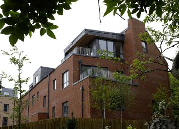 Thumbnail 3 bedroom maisonette for sale in Shandon Garden, Weston Gait, Edinburgh