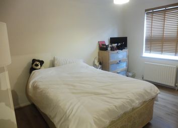 Thumbnail 2 bedroom flat to rent in Villiers Street, Hertford