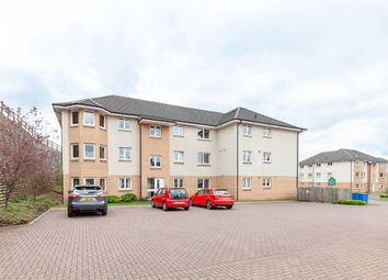 Thumbnail 2 bed flat for sale in Fieldfare View, Dunfermline, Fife