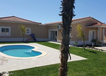 Thumbnail 4 bed villa for sale in Albufeira, Faro, Portugal