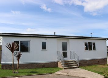 2 bed mobile/park home for sale in Orchard Drive, Ham Manor Park, Llantwit Major CF61