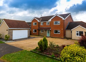 5 bed detached house for sale in Avenue Road, Rushden NN10