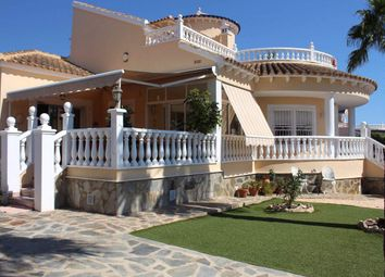 Thumbnail 4 bed chalet for sale in 03191 Pinar De Campoverde, Alicante, Spain