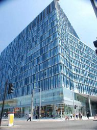 Thumbnail Office to let in Blue Fin Building, 110 Southwalk Street, London
