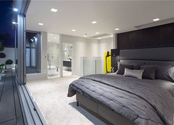 Thumbnail 3 bedroom mews house to rent in Elgin Mews South, Maida Vale, London