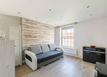 Thumbnail 2 bed flat to rent in Old Kent Road, South Bermondsey, London