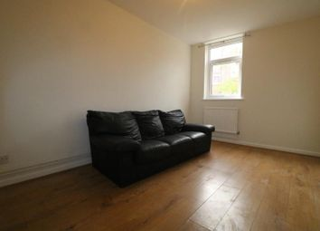 1 bed flat to rent in Bracknell Close, Wood Green N22