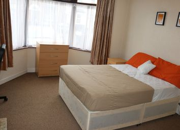 Thumbnail 7 bed shared accommodation to rent in Poplar Avenue, Smethwick, West Midlands