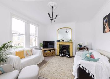 Thumbnail 2 bed flat to rent in Fernlea Road, London