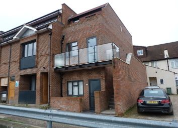 Thumbnail 2 bedroom flat to rent in Coney Hall Parade, Kingsway, West Wickham