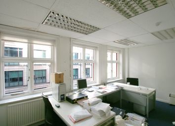 Thumbnail Office to let in 89 Fleet Street, City, London