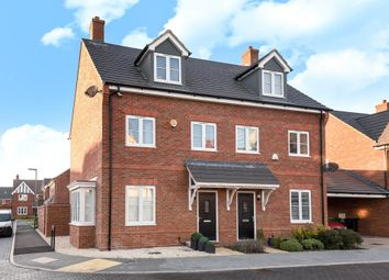 Thumbnail Town house for sale in Larch Drive, Didcot