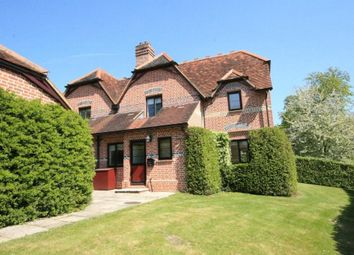 Thumbnail 2 bed cottage to rent in Henley Road, Marlow