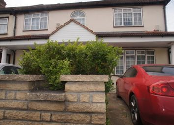 Thumbnail 1 bed flat to rent in Edward Avenue, Chingford
