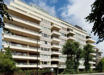 3 bed flat for sale in Prince Albert Road, London NW8