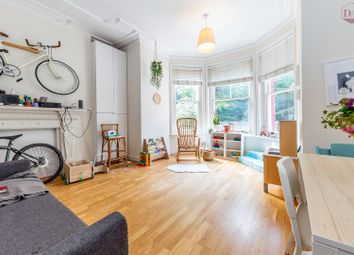 Muswell Hill Road, Muswell Hill, London N10. 2 bed flat