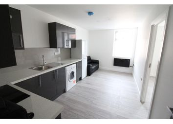 Thumbnail 2 bed flat to rent in Minny Street, Cathays, Cardiff