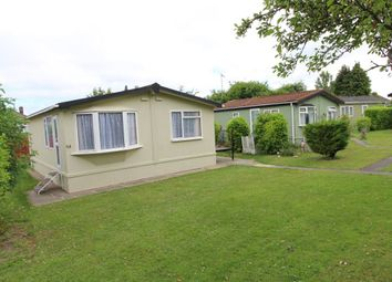 Thumbnail 2 bed bungalow to rent in Westbourne Mobile Home Park, Nursery Road, Luton