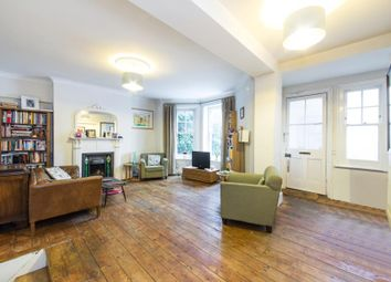 Thumbnail 2 bed flat to rent in Hillside Gardens, London