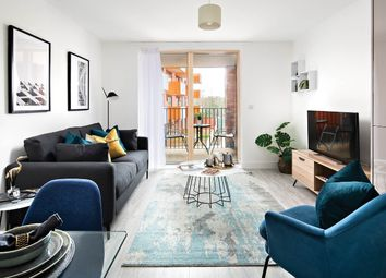 Thumbnail 1 bedroom flat for sale in Thames Reach, London