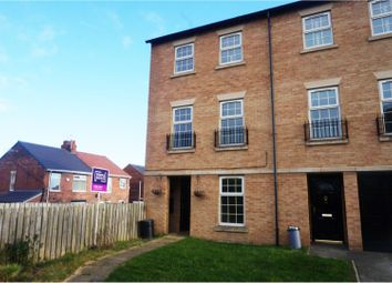 4 bed town house for sale in Glen View, Mexborough S64