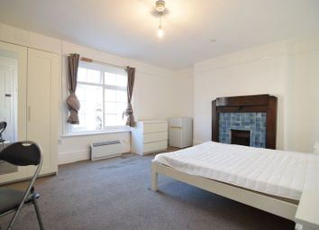 Room to rent in Russell Square, Brighton BN1