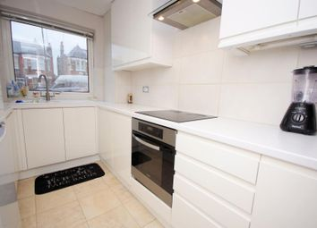 Thumbnail 1 bedroom flat for sale in Windsor Road, Finchley