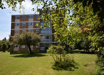 Thumbnail 2 bed flat to rent in Shirley Road, Wallington