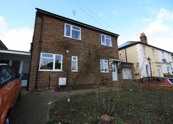 Thumbnail 3 bed detached house to rent in Earlsbrook Road, Redhill