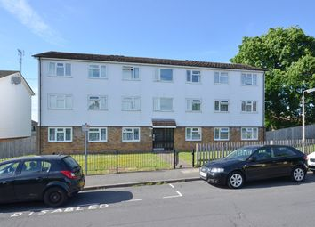 Thumbnail 2 bedroom flat to rent in Shillitoe Avenue, Potters Bar