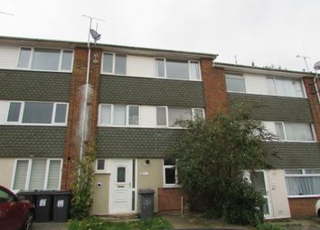 2 bed flat to rent in Brendon Avenue, Luton, Bedfordshire LU2