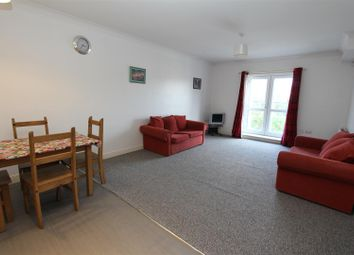 Thumbnail 2 bed flat to rent in Gledhow Valley Road, Leeds