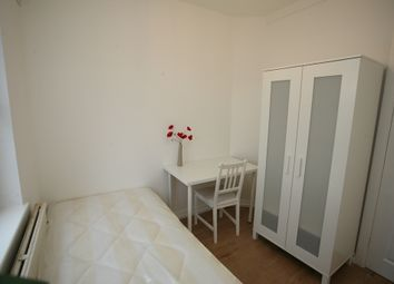 Thumbnail 1 bed flat to rent in Swan Road, London, London