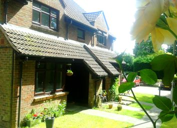 Thumbnail 1 bedroom terraced house to rent in Gordon Road, Camberley