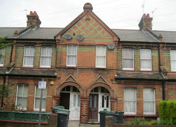 Thumbnail 3 bedroom flat to rent in Gladstone Avenue, Wood Green