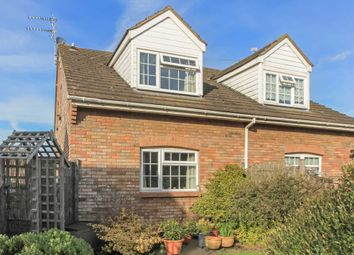 Thumbnail 1 bed town house for sale in Hunters Close, Tring