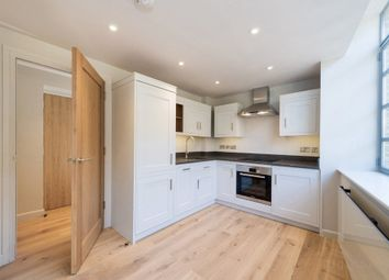 Thumbnail 1 bed flat to rent in Eyre Street Hill, Clerkenwell, London