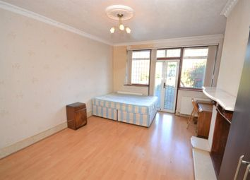 Thumbnail Room to rent in Northwick Avenue, Harrow