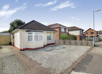 Barncombe Close, Benfleet SS7. 2 bed detached bungalow